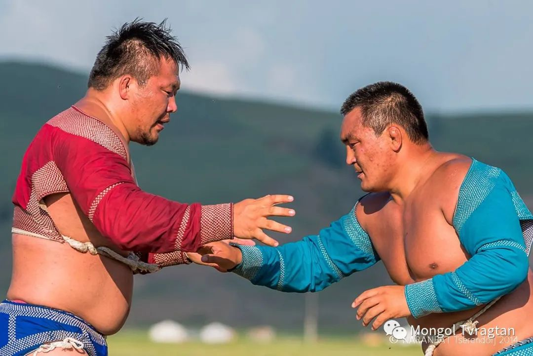 ᠮᠣᠩᠭᠤᠯ ᠰᠡᠭᠦᠳᠡᠷ- ᠴ᠂ ᠨᠠᠷᠠᠨᠪᠠᠲᠤ 第12张 ᠮᠣᠩᠭᠤᠯ ᠰᠡᠭᠦᠳᠡᠷ- ᠴ᠂ ᠨᠠᠷᠠᠨᠪᠠᠲᠤ 蒙古文化