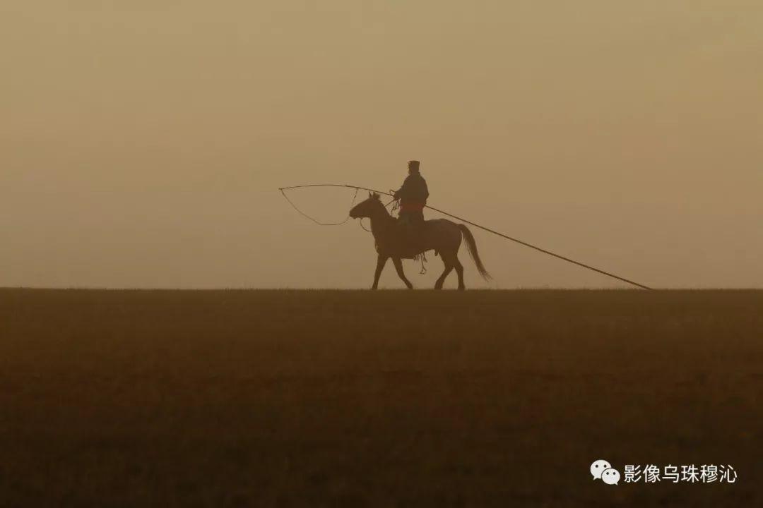 牧民摄影师宝音吉雅摄影作品欣赏 第6张 牧民摄影师宝音吉雅摄影作品欣赏 蒙古文化