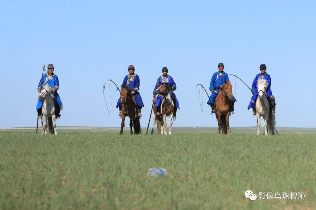 牧民摄影师宝音吉雅摄影作品欣赏 第20张 牧民摄影师宝音吉雅摄影作品欣赏 蒙古文化
