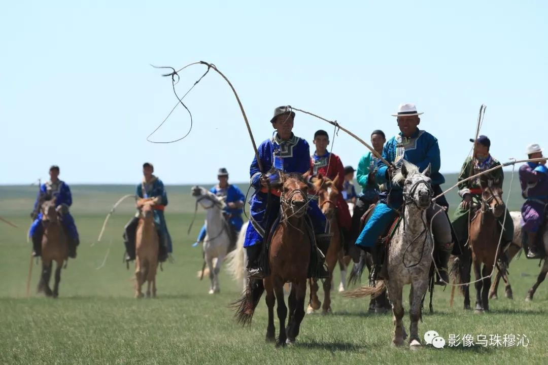 牧民摄影师宝音吉雅摄影作品欣赏 第35张 牧民摄影师宝音吉雅摄影作品欣赏 蒙古文化