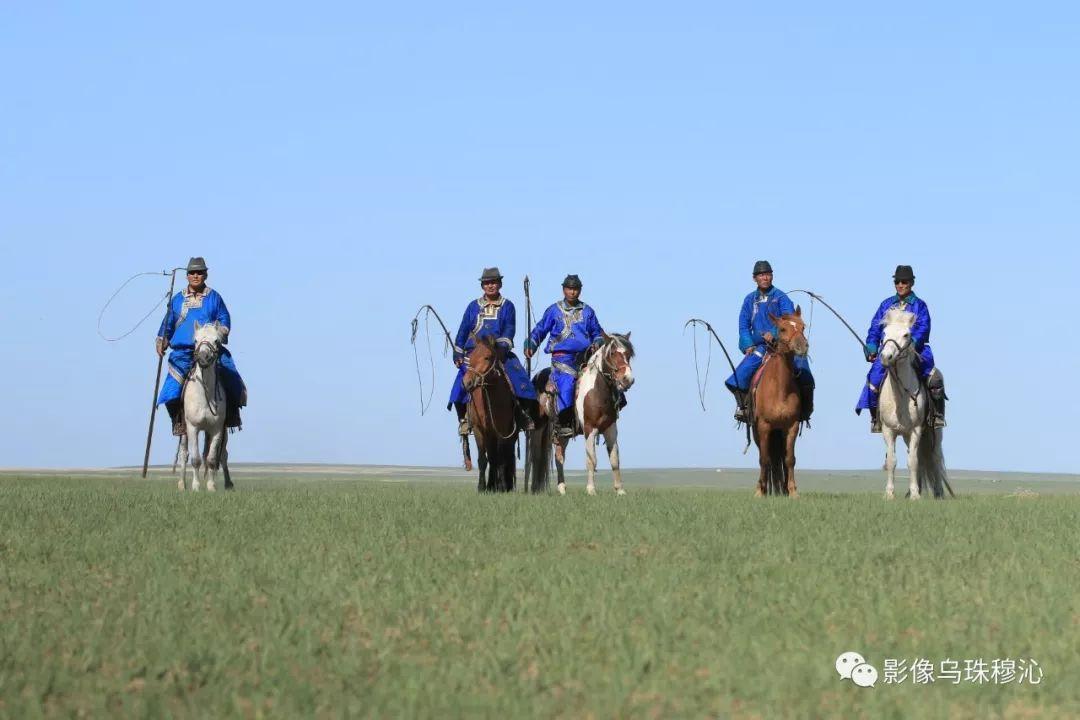 牧民摄影师宝音吉雅摄影作品欣赏 第46张 牧民摄影师宝音吉雅摄影作品欣赏 蒙古文化
