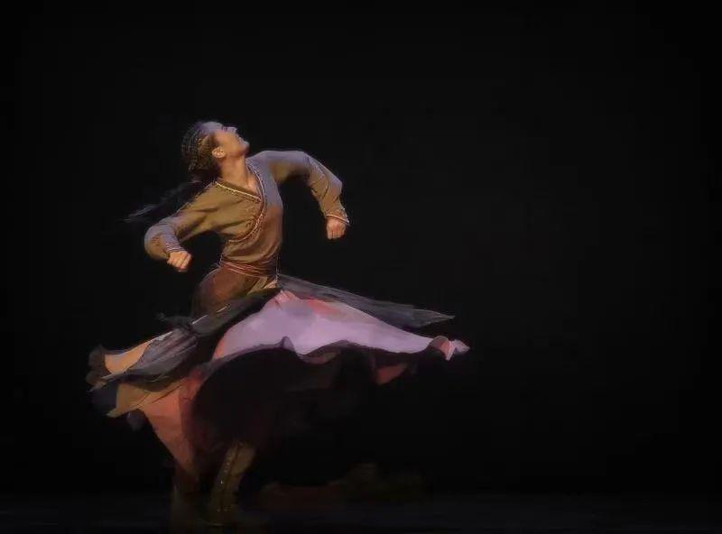 首届内蒙古民间舞蹈大赛双金舞蹈《呼亨呼德格图》纪录片 第2张 首届内蒙古民间舞蹈大赛双金舞蹈《呼亨呼德格图》纪录片 蒙古音乐