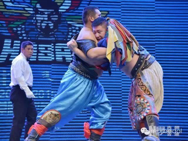 卐【蒙古博克】千人跤王-阿拉坦苏和图集 第17张