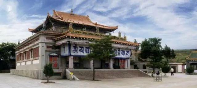 蒙古族建筑文化之鄂尔多斯市  (五) 第1张 蒙古族建筑文化之鄂尔多斯市  (五) 蒙古文化