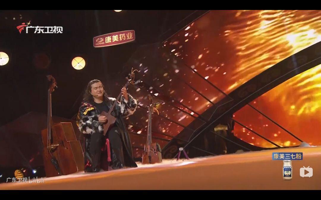 蒙古族才子 用八种乐器逆天的演奏 !! 第7张 蒙古族才子 用八种乐器逆天的演奏 !! 蒙古文化