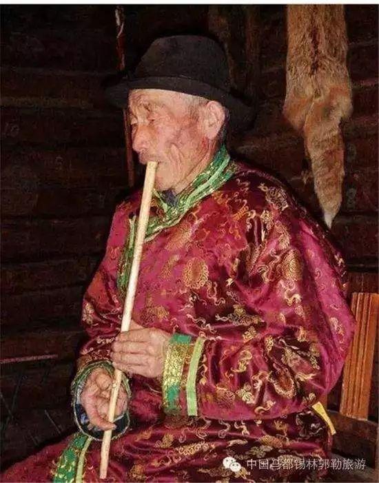 蒙古族才子 用八种乐器逆天的演奏 !! 第10张 蒙古族才子 用八种乐器逆天的演奏 !! 蒙古文化