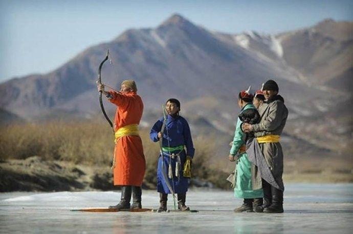 保加利亚摄影师镜头下的蒙古游牧生活 ... 第20张 保加利亚摄影师镜头下的蒙古游牧生活 ... 蒙古文化