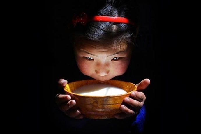 保加利亚摄影师镜头下的蒙古游牧生活 ... 第27张 保加利亚摄影师镜头下的蒙古游牧生活 ... 蒙古文化