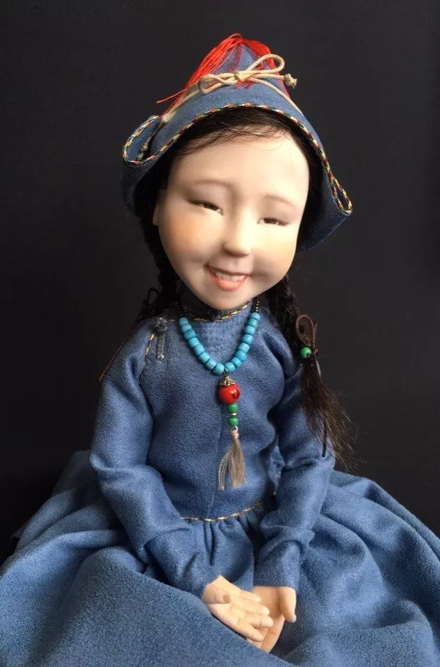 布里亚特美女制作的蒙古布娃娃,太可爱了! 第3张
