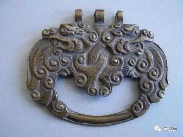 草原瑰宝刀剑:蒙古族图海中的藏传佛教元素 第5张