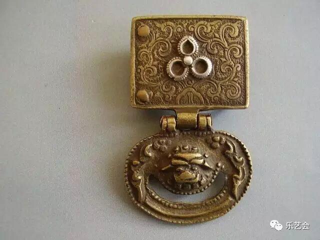 草原瑰宝刀剑:蒙古族图海中的藏传佛教元素 第12张