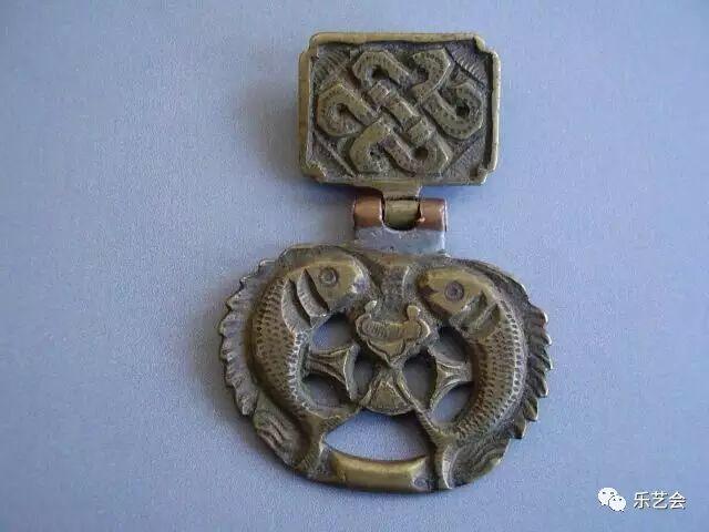 草原瑰宝刀剑:蒙古族图海中的藏传佛教元素 第24张