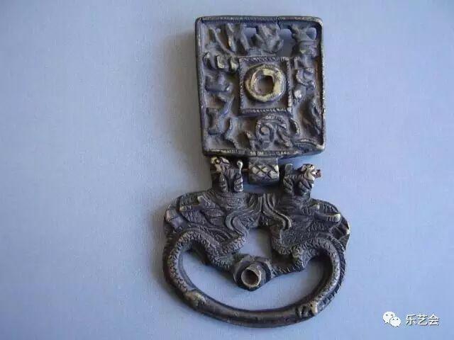 草原瑰宝刀剑:蒙古族图海中的藏传佛教元素 第35张