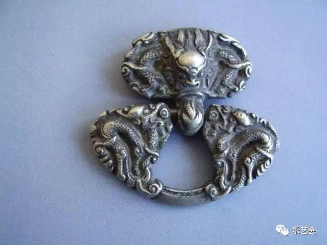 草原瑰宝刀剑:蒙古族图海中的藏传佛教元素 第38张