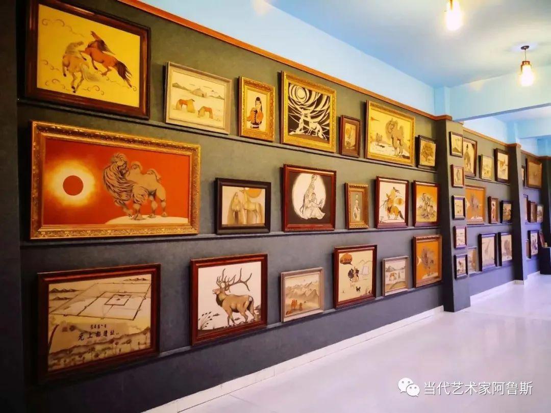 世界文化艺术研究中心非物质文化遗产保护专业委员会会员阿拉塔毕力格艺术作品展 第12张