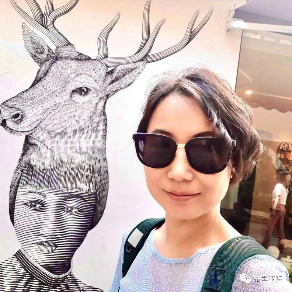 青年女画家奥云额尔德尼重现历代蒙古皇后
