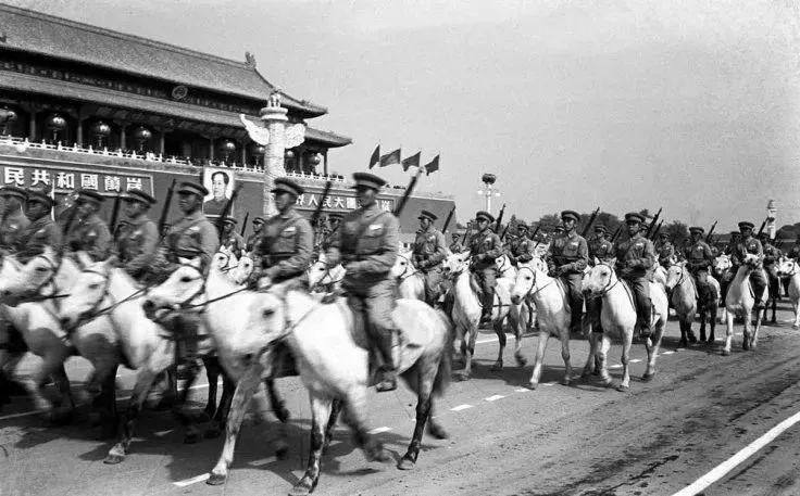 红色北疆 文学记忆——内蒙古文学馆红色百年主题展(内蒙古骑兵)