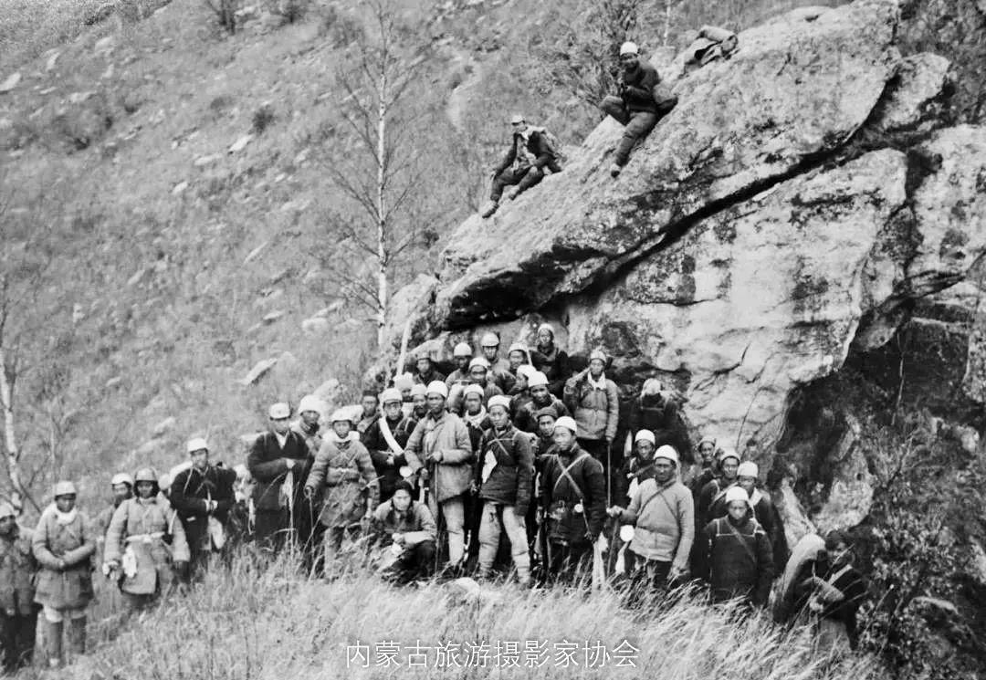 庆祝中国共产党成立100周年专题——缅怀大青山八路军抗日英烈